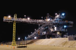 The Sishen South (Kolomela) mine project was carried out in South Africa, with detail engineering input from the Hatch São Paulo office in Brazil